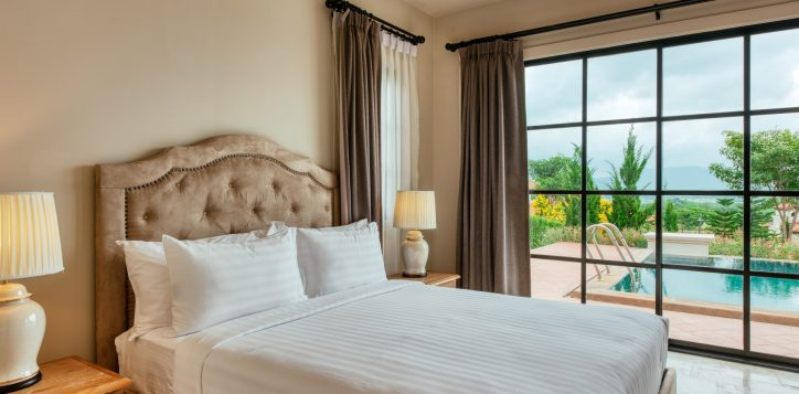 movenpick-khaoyai_2bedroom-pool-villa_secound-bedroom-2-2