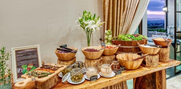 movenpick-khaoyai_flavours-of-khao-yai_breakfast-buffet-line1-2-2