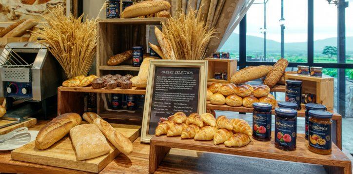 movenpick-khaoyai_flavours-of-khao-yai_breakfast-buffet-line3-2-2